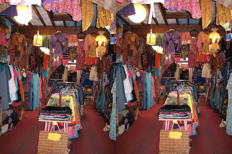 2008_Apr 27_Clothes room 3D 2