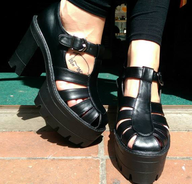 2014_Aug 11_Platform heels