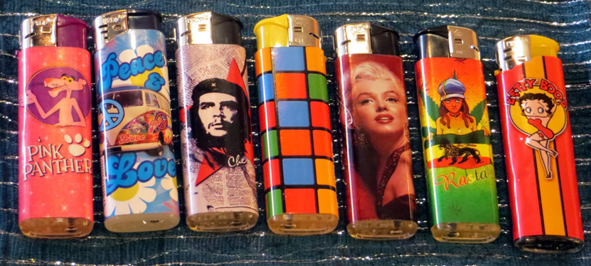 2015_Oct 24_Electronic Lighters