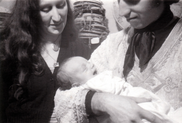 1977_Annie, Benedict and Martin