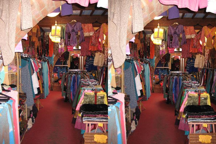 2008_Apr 27_Clothes room 3D 1
