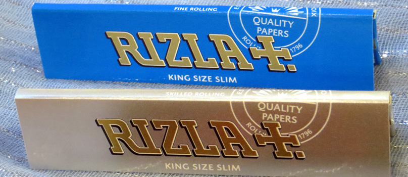Rizla Blue King Size Slim (65p) - 32 leaves of fine weight rolling papers. And Rizla Silver King Size Slim (70p) - super thin. Made in the EU by Rizla (established 1796).