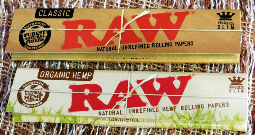 Raw King Size Slim Papers: Classic (85p) and Organic Hemp (£1) – 32 natural, unrefined, unbleached leaves; made in Spain.